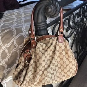 Gucci vintage hobo bag